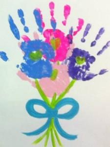 квіти з долоньок